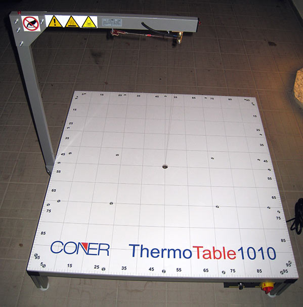 thermotable table for foam cutting, trimming
